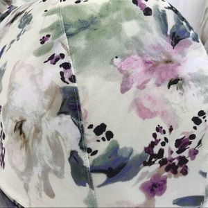 Cacique Intimates & Sleepwear - Cacique Cream Pastel Pretty Flowers underwire Bra